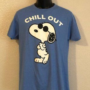 Peanuts Snoopy Chill Out Graphic Tee Size Medium
